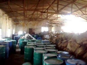 The Syrian Arab Army seized 281 barrels with chemicals from insurgents at a farm in Banias, Tartus.